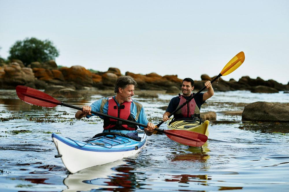 Bornholm kan tilbyde alt fra kajak, mountainbike og rapelling. Nyd en aktiv ferie, hvor man får sved på panden.