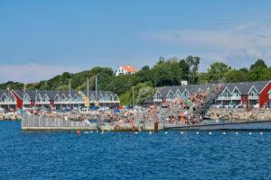 Hasle havnebad og Marina, set fra molen i Hasle.