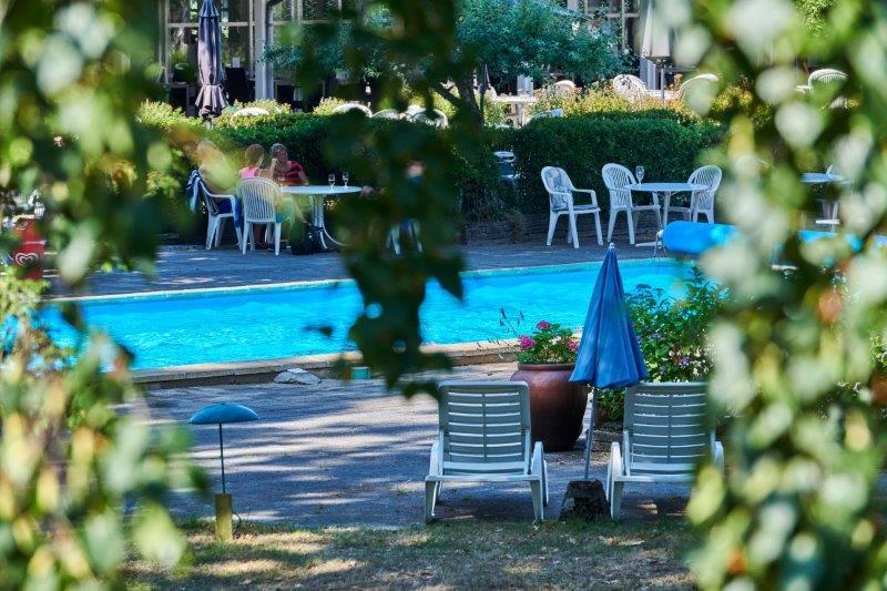 Strandhotel Balka Søbad er oplagt for dem der til Bornholm for en sol- og badeferie.